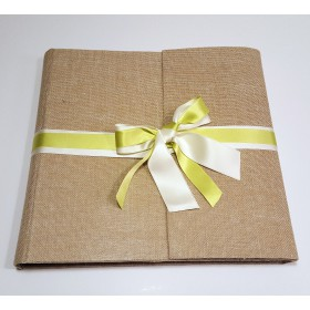 Online photo album covered with canvas of natural cheese maker, and double satin bow and green organza