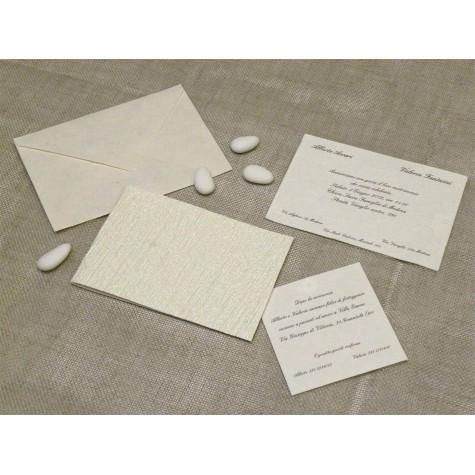 Partecipazione di nozze Fashion. Interno di carta seta.