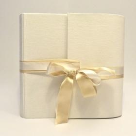 Album in puro Lino bianco avorio e doppio fiocco in raso avorio e bianco