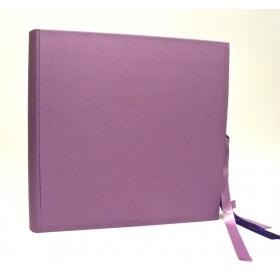 Album fotografico rivestito in tela cialux lilla con doppio fiocco in raso