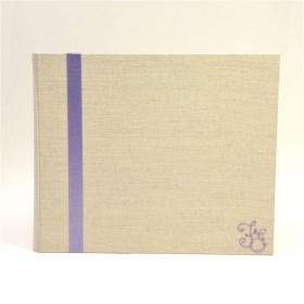 Album fotografico rivestito in tela lino naturale con inserto in raso lilla